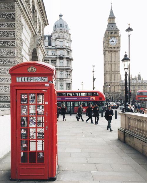 december mood london