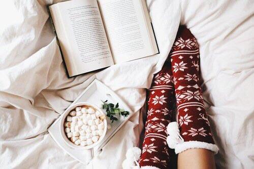 december mood socks hot chocolate
